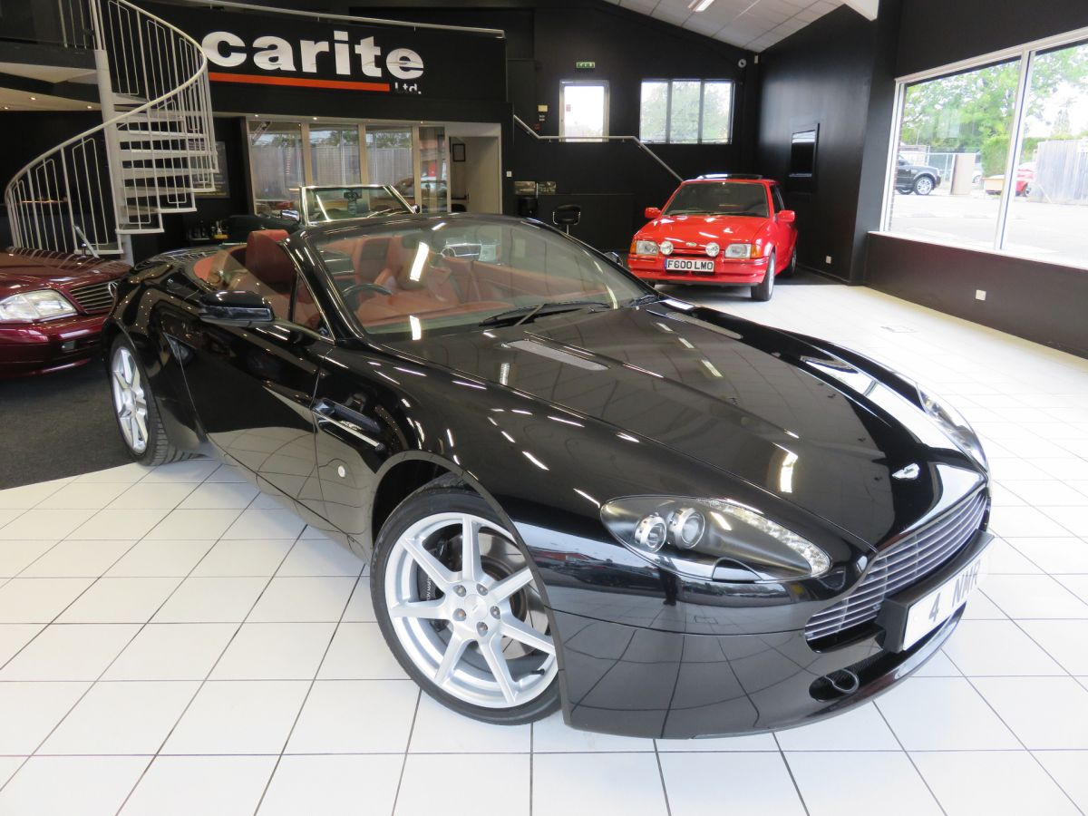Used ASTON MARTIN VANTAGE in Swindon for sale