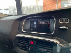 VOLVO V40 D4 CROSS COUNTRY LUX NAV - 1800 - 28