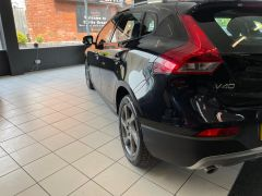 VOLVO V40 D4 CROSS COUNTRY LUX NAV - 1800 - 13