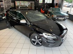 VOLVO V40 T2 R-DESIGN NAV PLUS - 1572 - 2