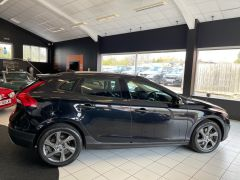VOLVO V40 D4 CROSS COUNTRY LUX NAV - 1800 - 12