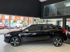 VOLVO V40 T2 R-DESIGN NAV PLUS - 1572 - 6