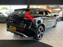 VOLVO V40 T2 R-DESIGN NAV PLUS - 1572 - 11