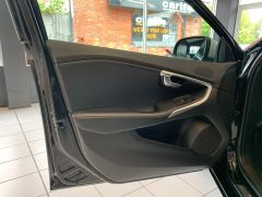 VOLVO V40 T2 R-DESIGN NAV PLUS - 1572 - 39