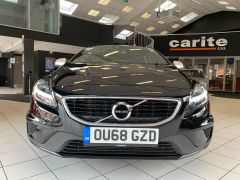 VOLVO V40 T2 R-DESIGN NAV PLUS - 1572 - 3