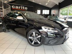 VOLVO V40 T2 R-DESIGN NAV PLUS - 1572 - 1
