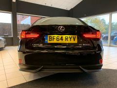 LEXUS IS 300H EXECUTIVE EDITION - 1644 - 8