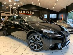 LEXUS IS 300H EXECUTIVE EDITION - 1644 - 1
