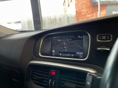 VOLVO V40 D4 CROSS COUNTRY LUX NAV - 1800 - 25