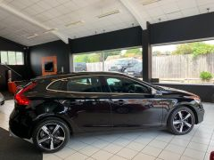 VOLVO V40 T2 R-DESIGN NAV PLUS - 1572 - 12