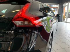 VOLVO V40 T2 R-DESIGN NAV PLUS - 1572 - 13