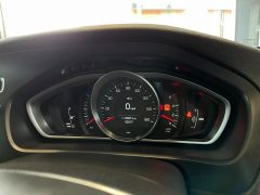 VOLVO V40 D4 CROSS COUNTRY LUX NAV - 1800 - 24