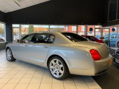 BENTLEY CONTINENTAL FLYING SPUR 5 SEATS - 1463 - 8