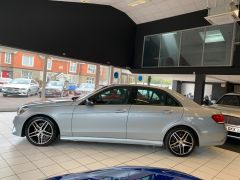 MERCEDES E-CLASS E220 BLUETEC AMG NIGHT EDITION - 1693 - 6