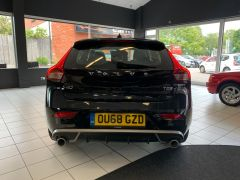 VOLVO V40 T2 R-DESIGN NAV PLUS - 1572 - 8