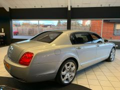 BENTLEY CONTINENTAL FLYING SPUR 5 SEATS - 1463 - 11