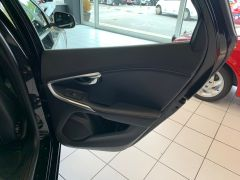 VOLVO V40 T2 R-DESIGN NAV PLUS - 1572 - 43